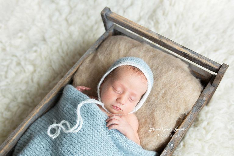 Annie-Gower-Jones-newborn-baby-photography-Manchester-Cheshire-Altrincham-Stockport-George-1