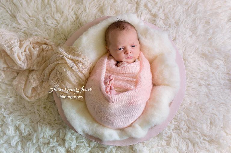 Annie Gower-Jones Photography newborn photoshoot Manchester, Cheshire, Altrincham
