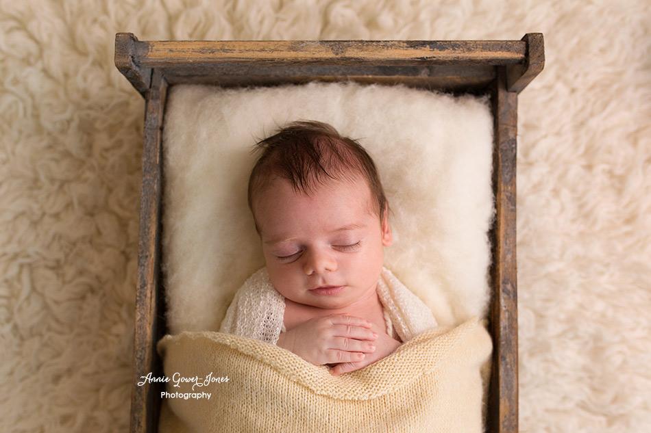 Annie Gower-Jones Photography newborn baby photoshoot Manchester, Altrincham, Hale