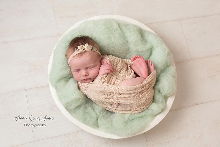 Annie Gower-Jones photography newborn baby photoshoot Manchester Cheshire Altrincham Hale